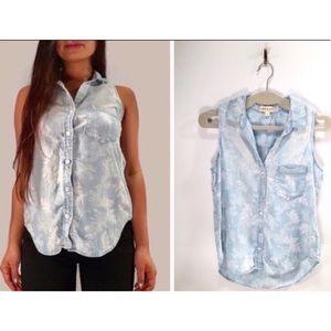 50% sale Cloth & Stone Palm Leaves sleeveless top